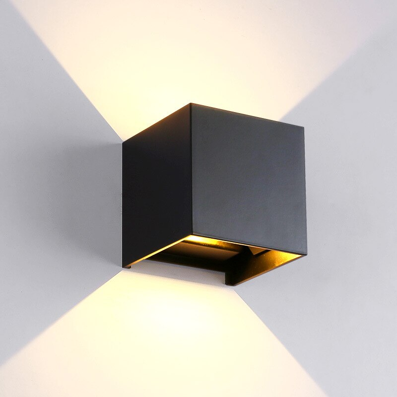Adjustable Wall Mounted Light